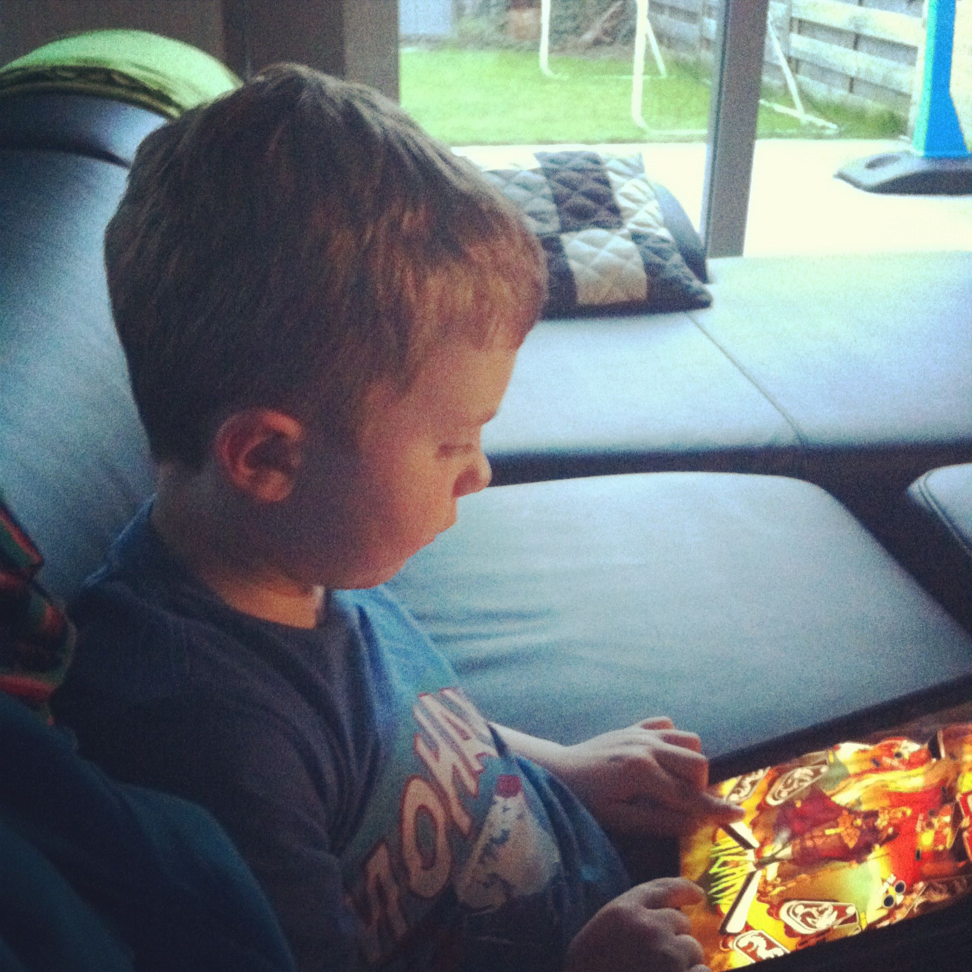 robbe ipad playing1
